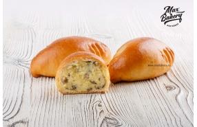 Пирожок с картошкой и грибами